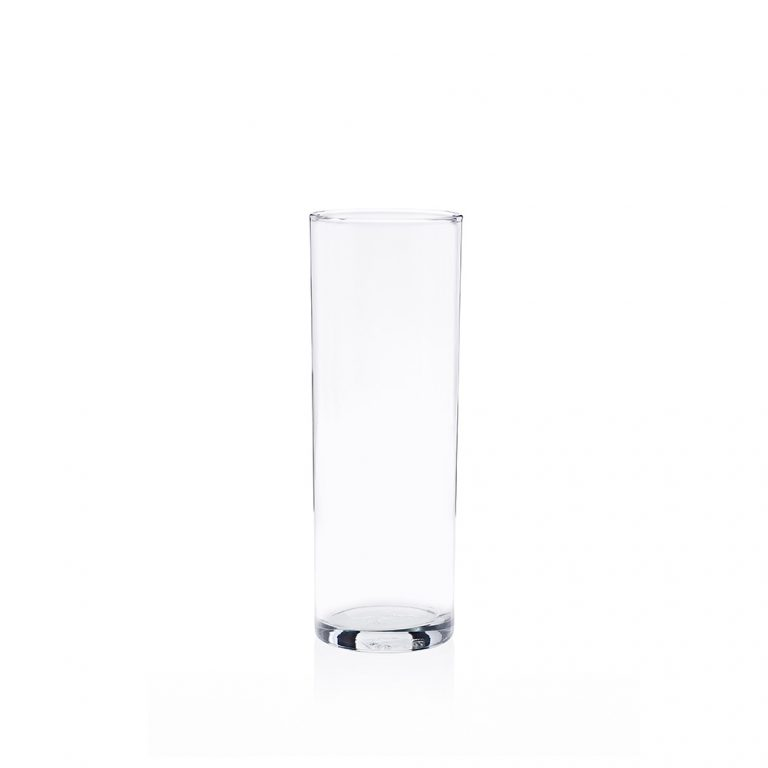 A tubo hiball glass ideal for cocktails and long drinks.